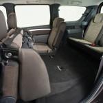 Лада Ларгус: фото пути к третьему ряду сидений